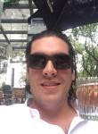 Rodrigo, 35  , Saint George s
