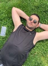 Jordan , 30, United States of America, Hackensack