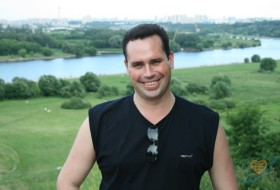 Viktor, 48 - Just Me