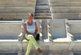 Alina, 61 - Just Me