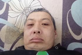 Erzhan, 42 - Just Me