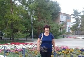 valentina, 67 - Just Me
