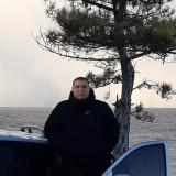 Artur , 21  , Vasylivka