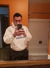 Mizaek, 26, Canada, Cranbrook