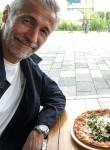 Andréas, 59  , Nantes