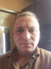 Viktor, 38, Russia, Koryazhma