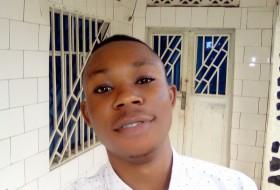 Grâce mugundu, 23 - Just Me