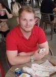 Péter, 24  , Budapest