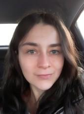 Taya, 30, United States of America, Grand Forks