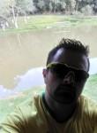 Adriano , 37  , Curitiba
