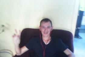 Yuriy, 31 - Just Me