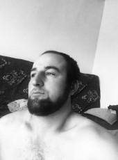 Magomed Shapi, 28, United States of America, Los Angeles
