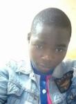 Thomas, 20  , Yaounde