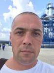 Roman, 40  , Sosnogorsk