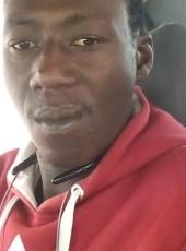 Moussa, 33, Senegal, Dakar