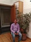Deepakkumar , 40, New Delhi