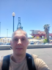 Jevgenij, 42, Spain, Santa Cruz de Tenerife