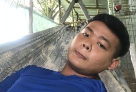 Huy, 25 - Just Me