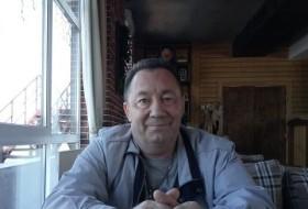Karim, 62 - Just Me