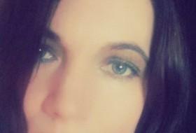 Olga, 45 - Just Me