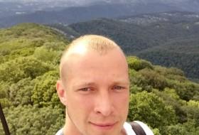 Igor, 33 - Just Me