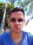 Bruno Rodrigues, 30, Maringa