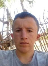Ebubekir, 18, Turkey, Istanbul