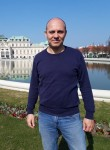 Paolo, 44  , Rome