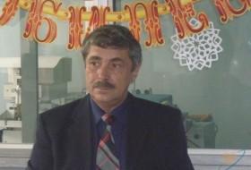 Vladimir, 68 - Just Me