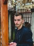 Edon, 20  , Pristina