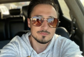Anton, 35 - Just Me