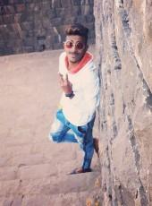 Vijay Shedge, 22, India, Mumbai