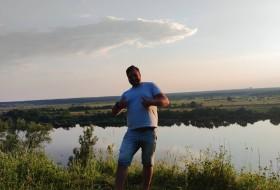 Zevs, 30 - Just Me