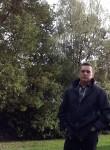 mantass, 60  , Camberley