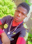 Bruno, 20, Yaounde