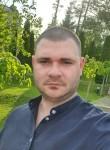 Valeriu Antoniuc, 31  , Chisinau