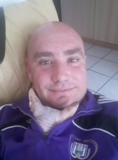 Lulu, 39, Belgium, Soignies