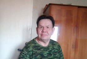 Oleg, 60 - Just Me