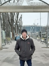 Vitaliy, 33, Russia, Moscow