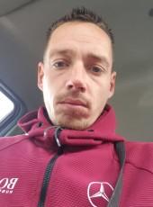 Mégnot, 32, France, Luce