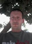 Aleksandr , 39  , Lisbon
