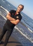 Mehdi Amini, 39  , Qazvin