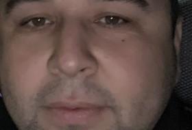 Azik, 35 - Just Me