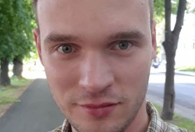 Andrei, 27 - Just Me