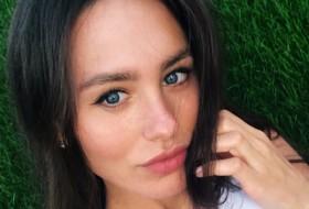Nadya, 28 - Just Me