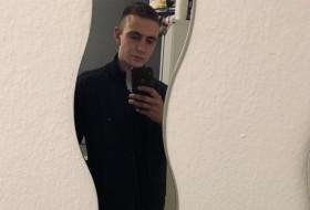 Blackcheck, 22 - Just Me