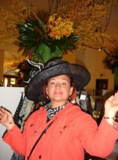 Elena, 58, Australia, Sydney