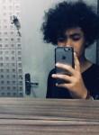 Joao, 18  , Taubate