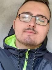 Romain, 21, France, Angouleme