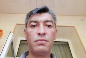 ROBERT Nurzhano, 47 - Just Me